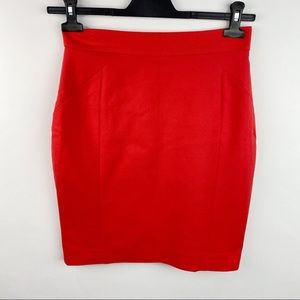 H & M red pencil skirt
